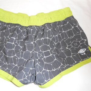 👩 Umbro Running Shorts sz S gray & Neon green